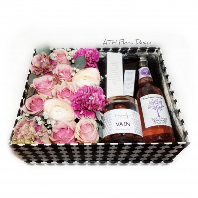 Gift box with flowers and accessories